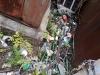 Навал мусора между двух крытых гаражей в ГК «ЛУЧ», г. Красногорск.